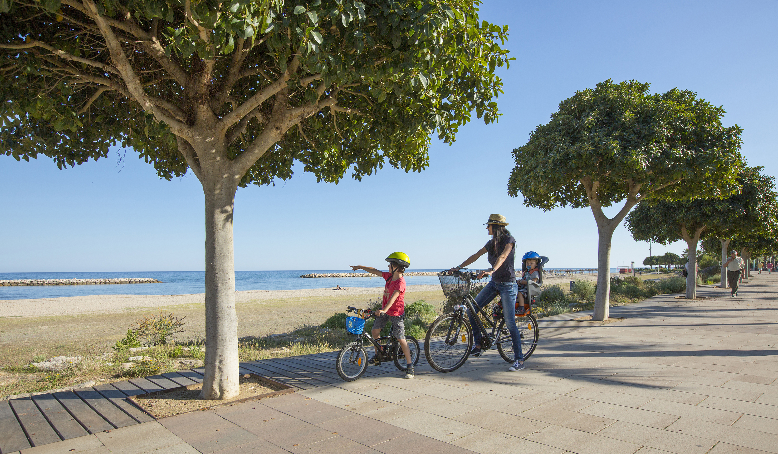 ruta familiar por los parques de cambrils
